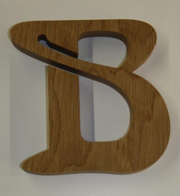 Buchstabe B aus Holz (Eiche)